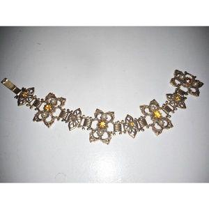 Jewelry - CORO VINTAGE JEWELRY